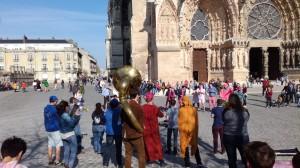 Avec Les Boules de Feu, devant la Cathédrale de Reims - 27.03.2017, BAR à Reims